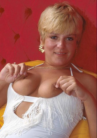 Mature women and grannies. Gallery - 295. Photo - 6