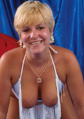 Mature women and grannies. Gallery - 295. Photo - 8