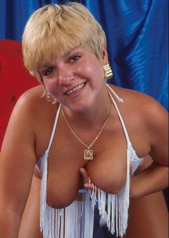 Mature women and grannies. Gallery - 295. Photo - 9