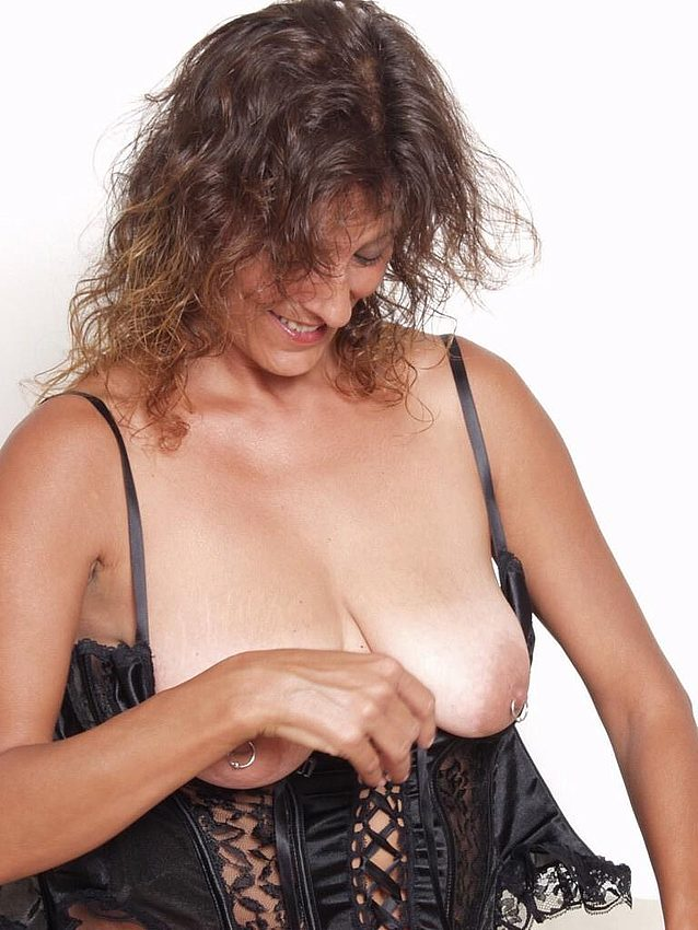 Mature women and grannies. Gallery - 298. Photo - 4