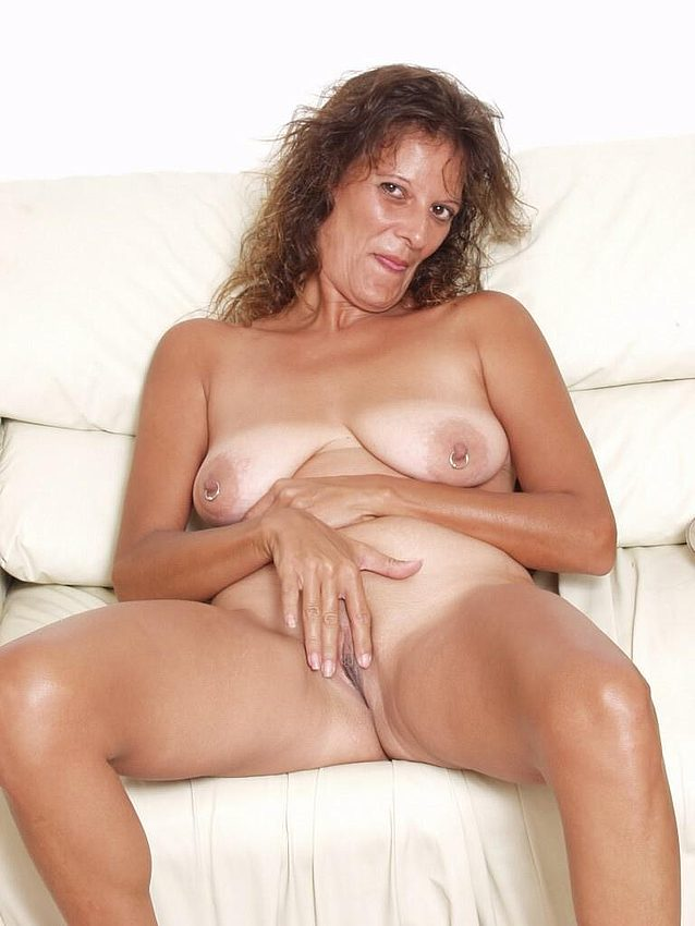 Mature women and grannies. Gallery - 298. Photo - 6