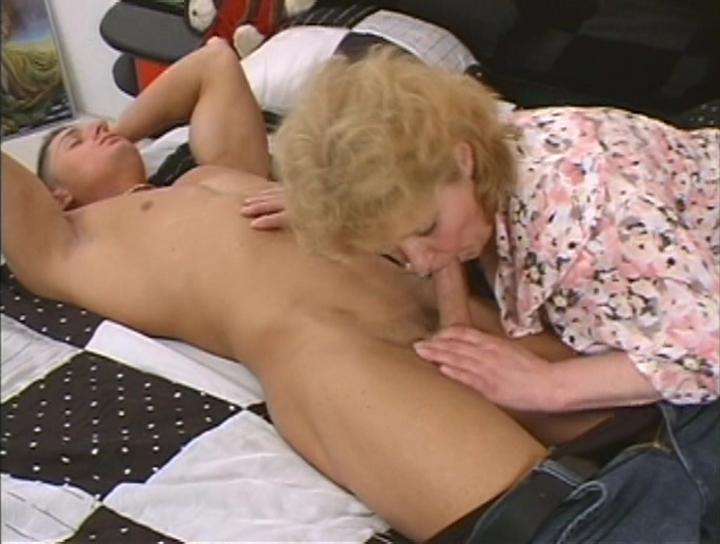 Mature women and grannies. Gallery - 302. Photo - 4