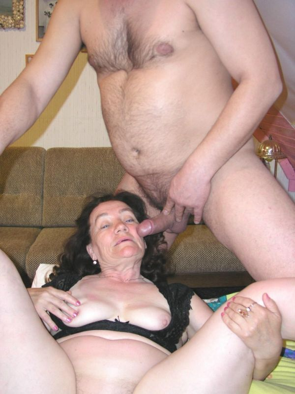 Mature women and grannies. Gallery - 309. Photo - 14