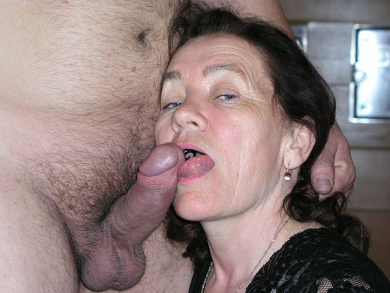 Mature women and grannies. Gallery - 309. Photo - 3