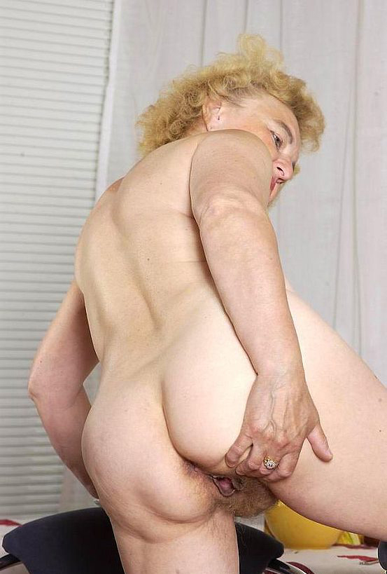 Mature women and grannies. Gallery - 316. Photo - 10