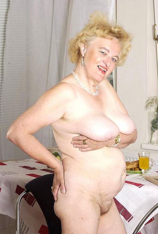 Mature women and grannies. Gallery - 316. Photo - 8