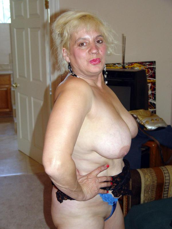 Mature women and grannies. Gallery - 329. Photo - 4