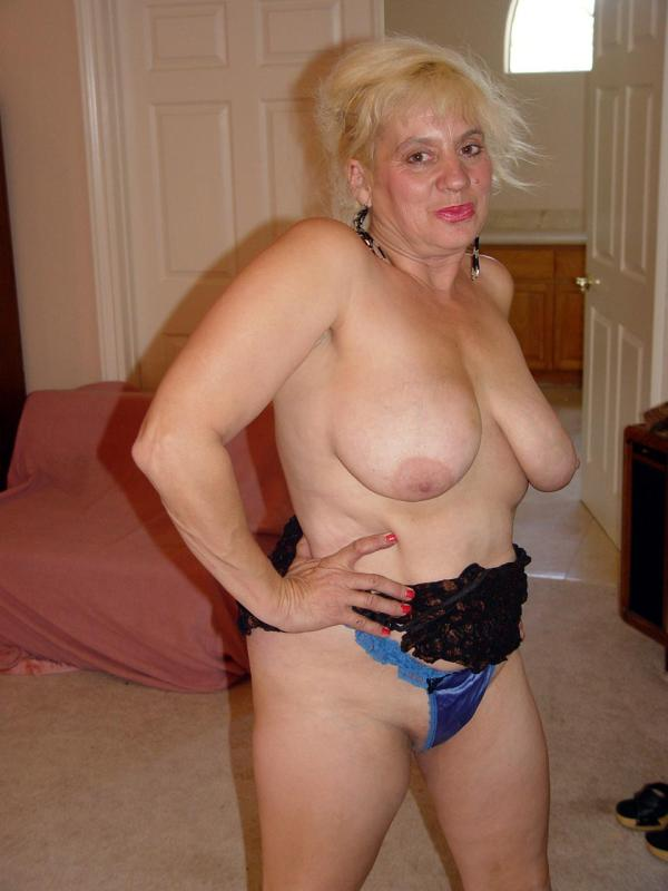 Mature women and grannies. Gallery - 329. Photo - 5