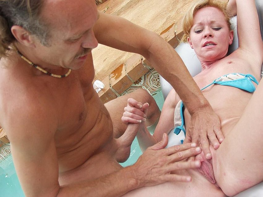 Mature women and grannies. Gallery - 332. Photo - 14