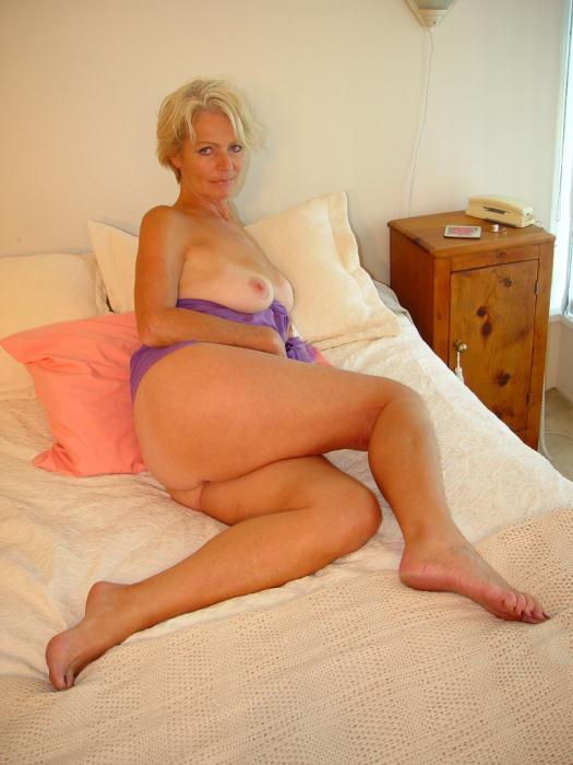 Mature women and grannies. Gallery - 338. Photo - 4