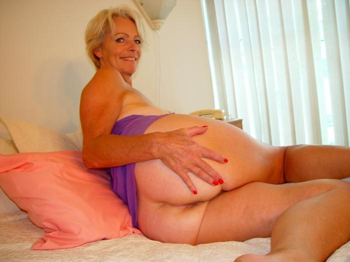 Mature women and grannies. Gallery - 338. Photo - 7