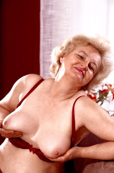 Mature women and grannies. Gallery - 359. Photo - 5