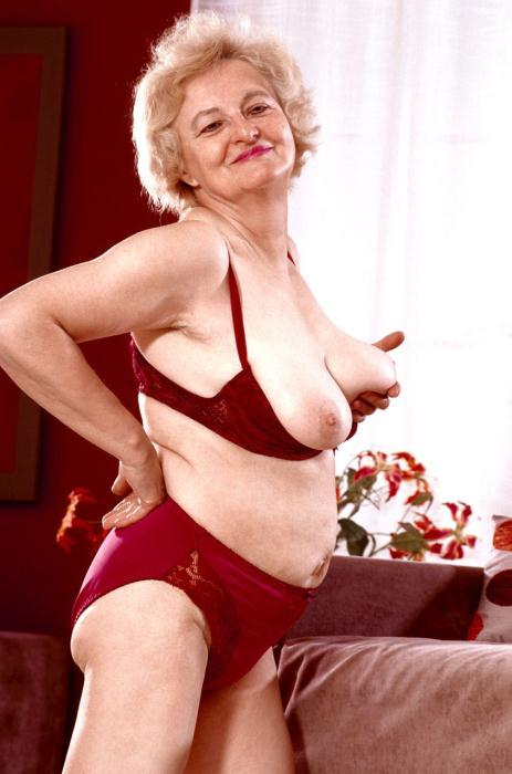 Mature women and grannies. Gallery - 359. Photo - 6