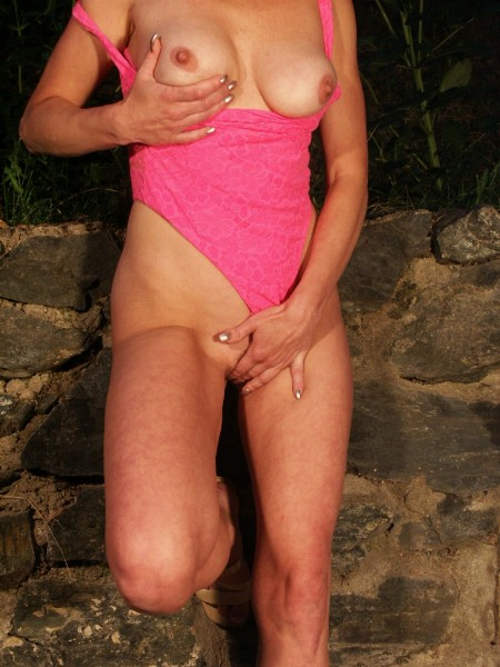 Mature women and grannies. Gallery - 371. Photo - 7