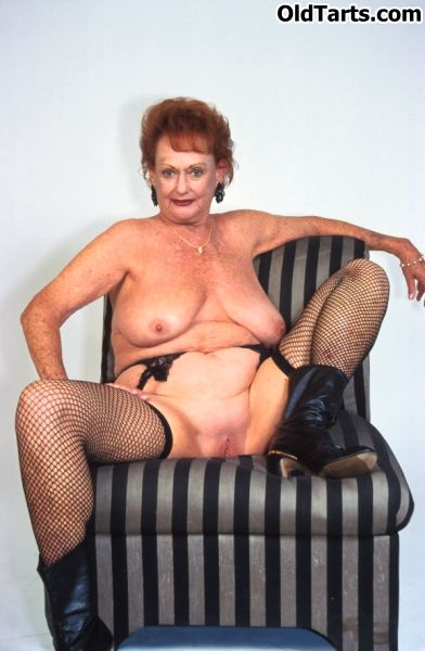 Mature women and grannies. Gallery - 372. Photo - 6