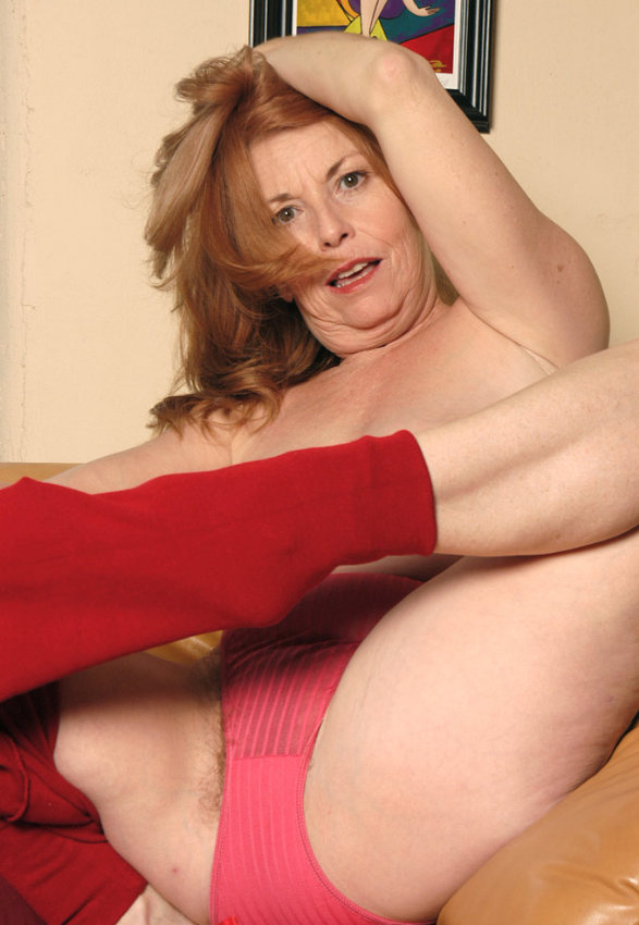 Mature women and grannies. Gallery - 378. Photo - 5