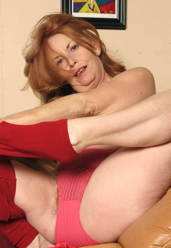 Mature women and grannies. Gallery - 378. Photo - 6