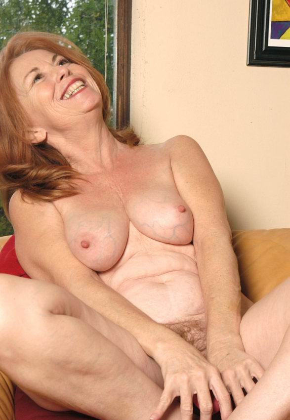 Mature women and grannies. Gallery - 378. Photo - 7