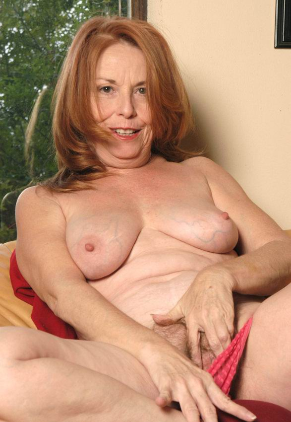 Mature women and grannies. Gallery - 378. Photo - 8