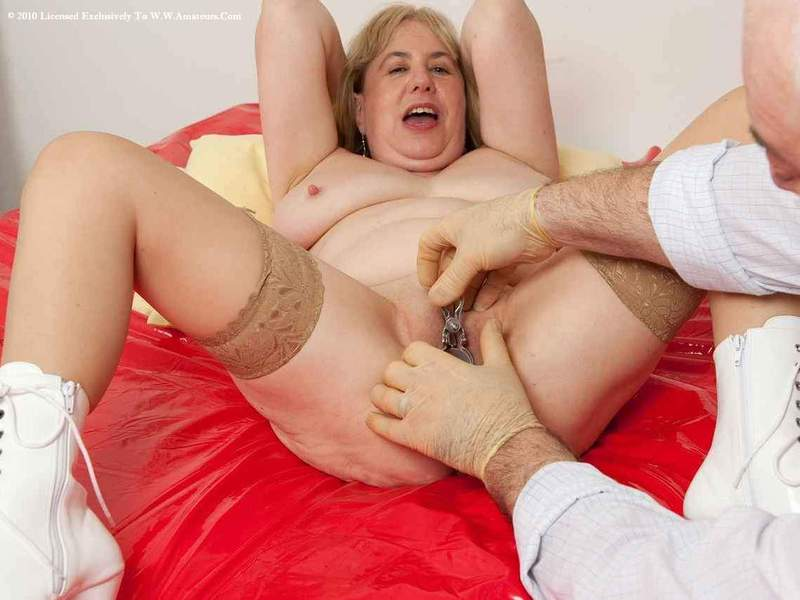 Mature women and grannies. Gallery - 391. Photo - 18