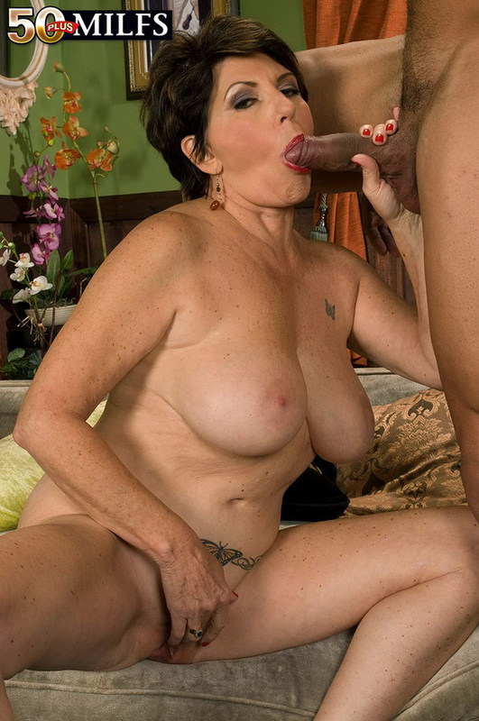 Mature women and grannies. Gallery - 402. Photo - 9
