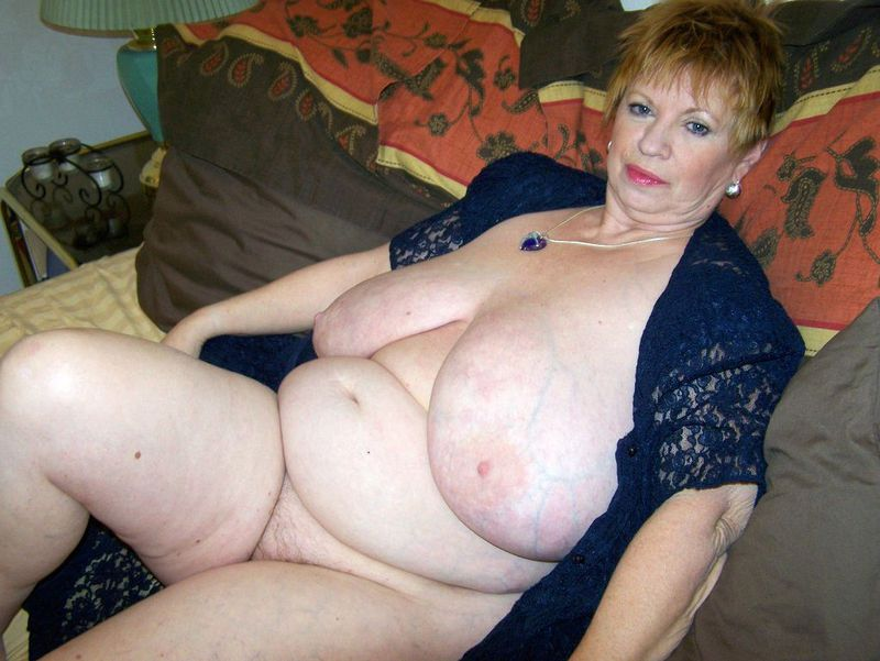 Mature women and grannies. Gallery - 412. Photo - 7