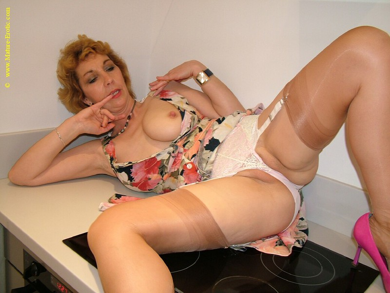 Mature women and grannies. Gallery - 416. Photo - 10