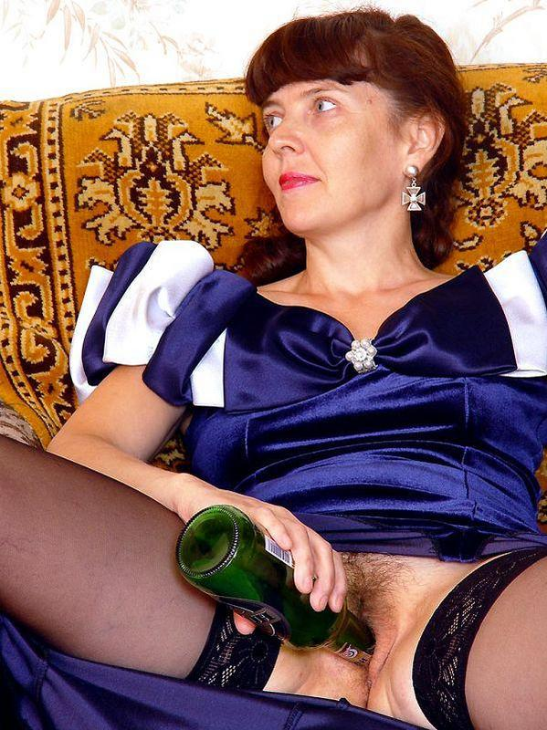 Mature women and grannies. Gallery - 417. Photo - 10