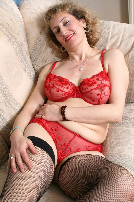 Mature women and grannies. Gallery - 418. Photo - 5