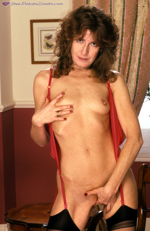 Mature women and grannies. Gallery - 420. Photo - 10