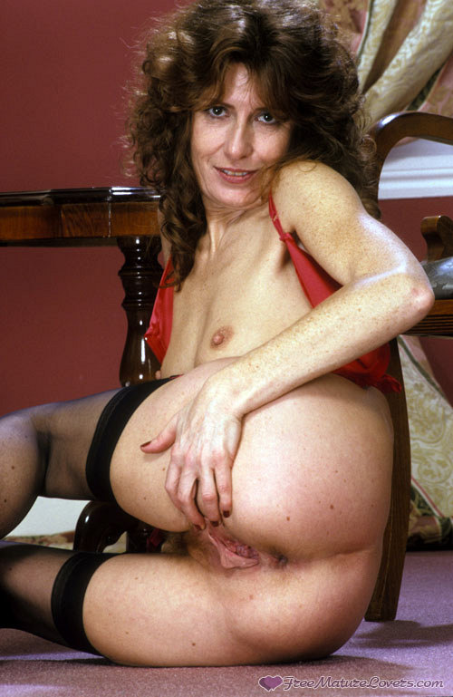 Mature women and grannies. Gallery - 420. Photo - 14