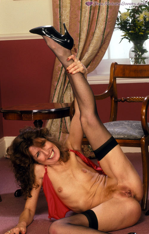 Mature women and grannies. Gallery - 420. Photo - 15