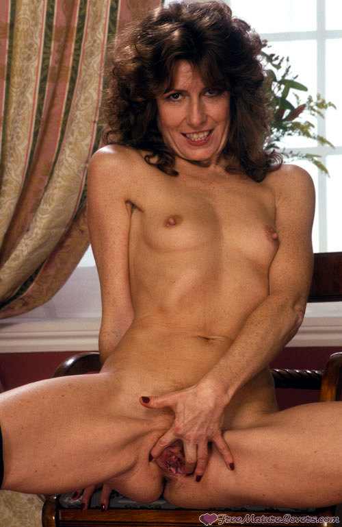 Mature women and grannies. Gallery - 420. Photo - 16