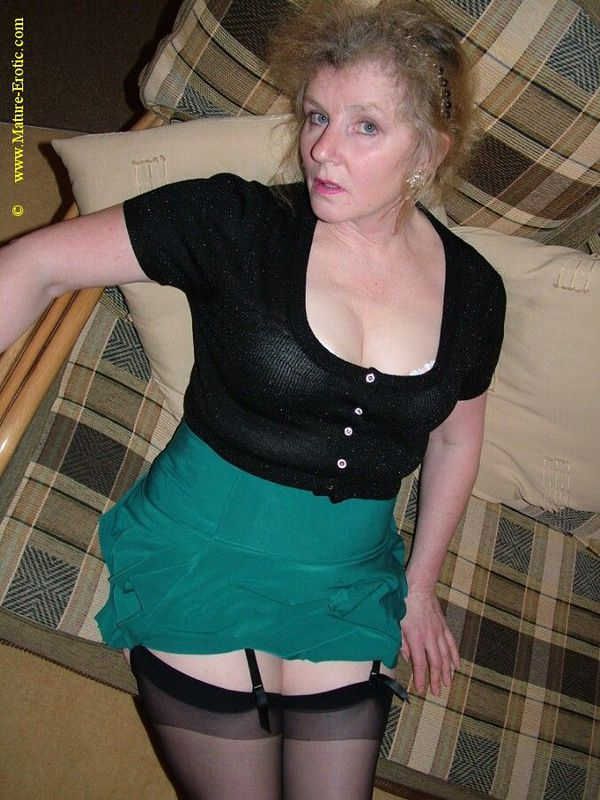 Mature women and grannies. Gallery - 431. Photo - 5