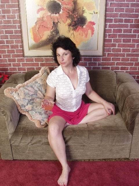 Женщина без трусов на фото. Фото - 1