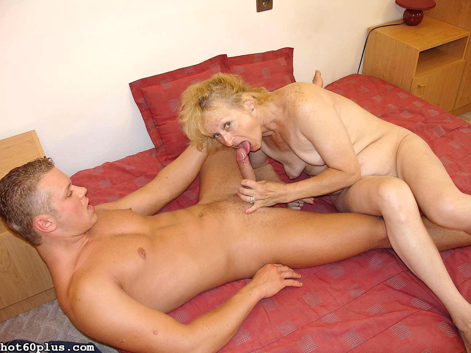 Снимки про инцест с матушкой. Фото - 11