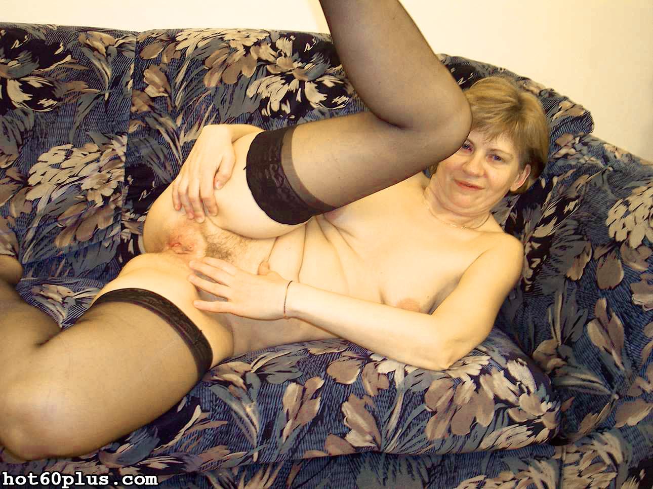 ХХХ фотки про трах с мамой на диване. Фото - 2