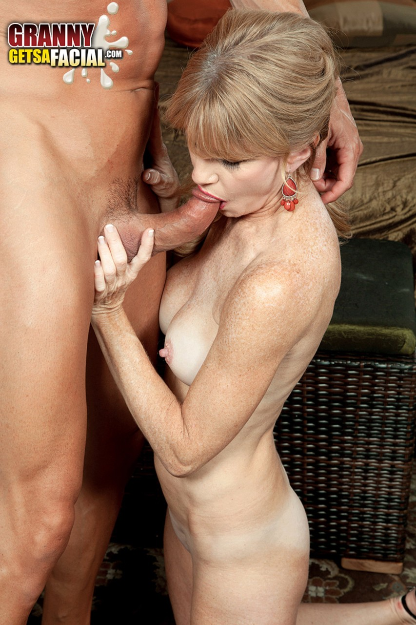 Mature women and grannies. Gallery - 581. Photo - 15