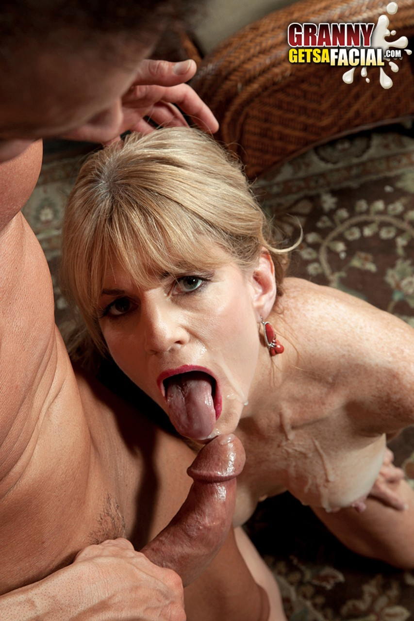 Mature women and grannies. Gallery - 581. Photo - 16