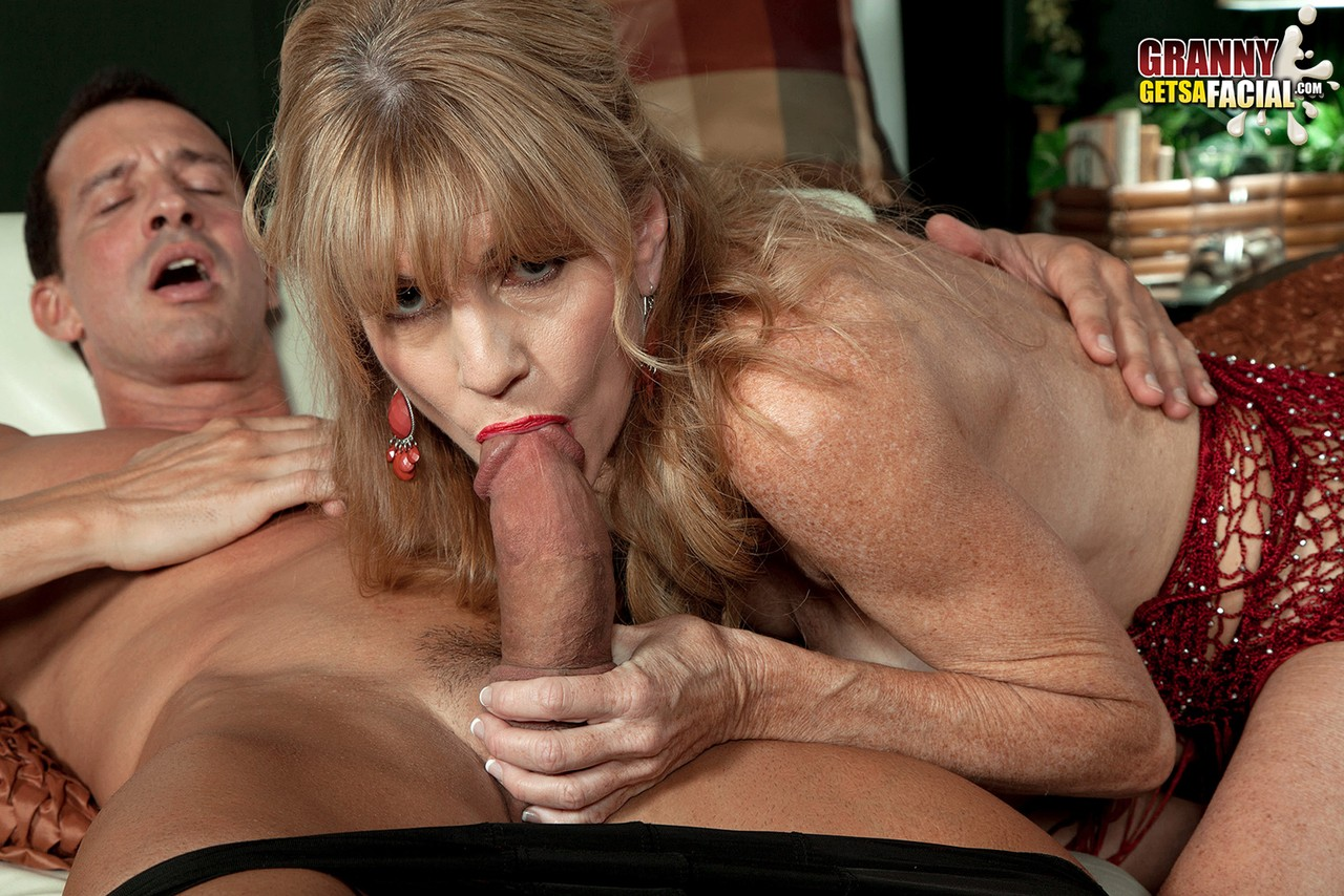 Mature women and grannies. Gallery - 581. Photo - 7