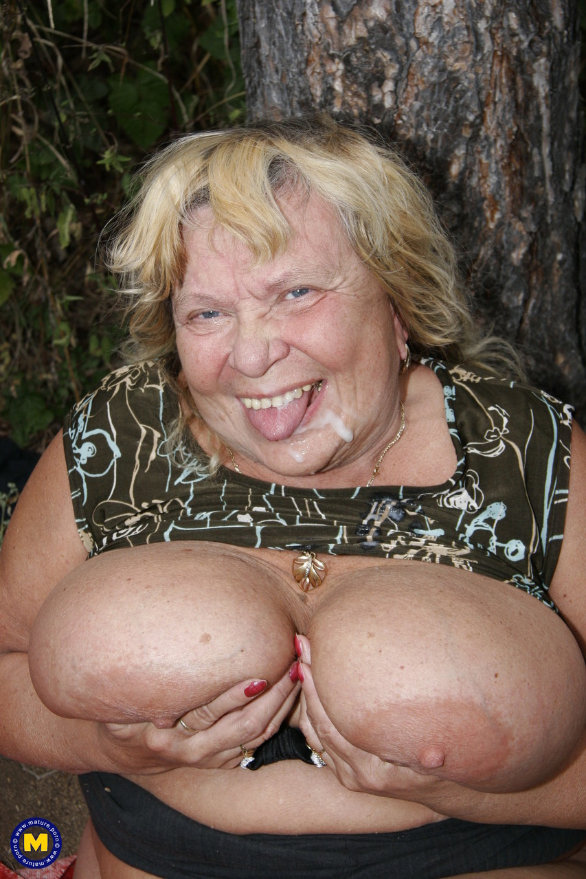 Mature women and grannies. Gallery - 622. Photo - 20