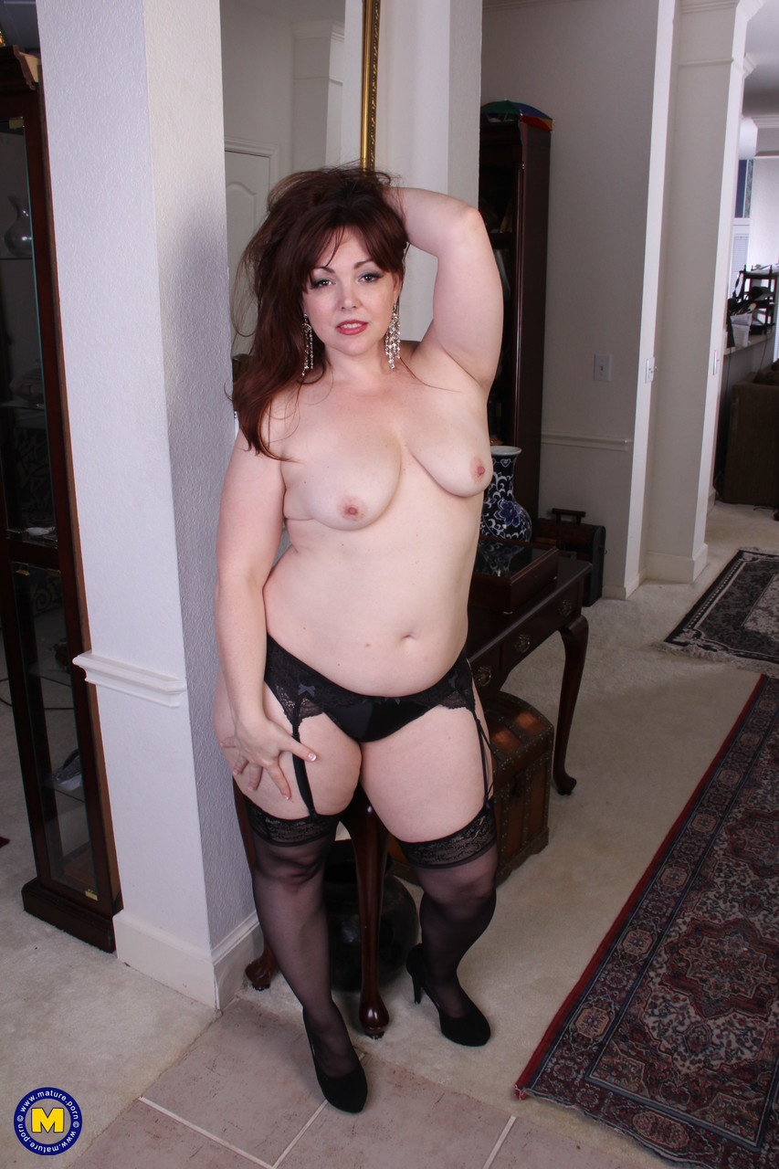Mature women and grannies. Gallery - 653. Photo - 5