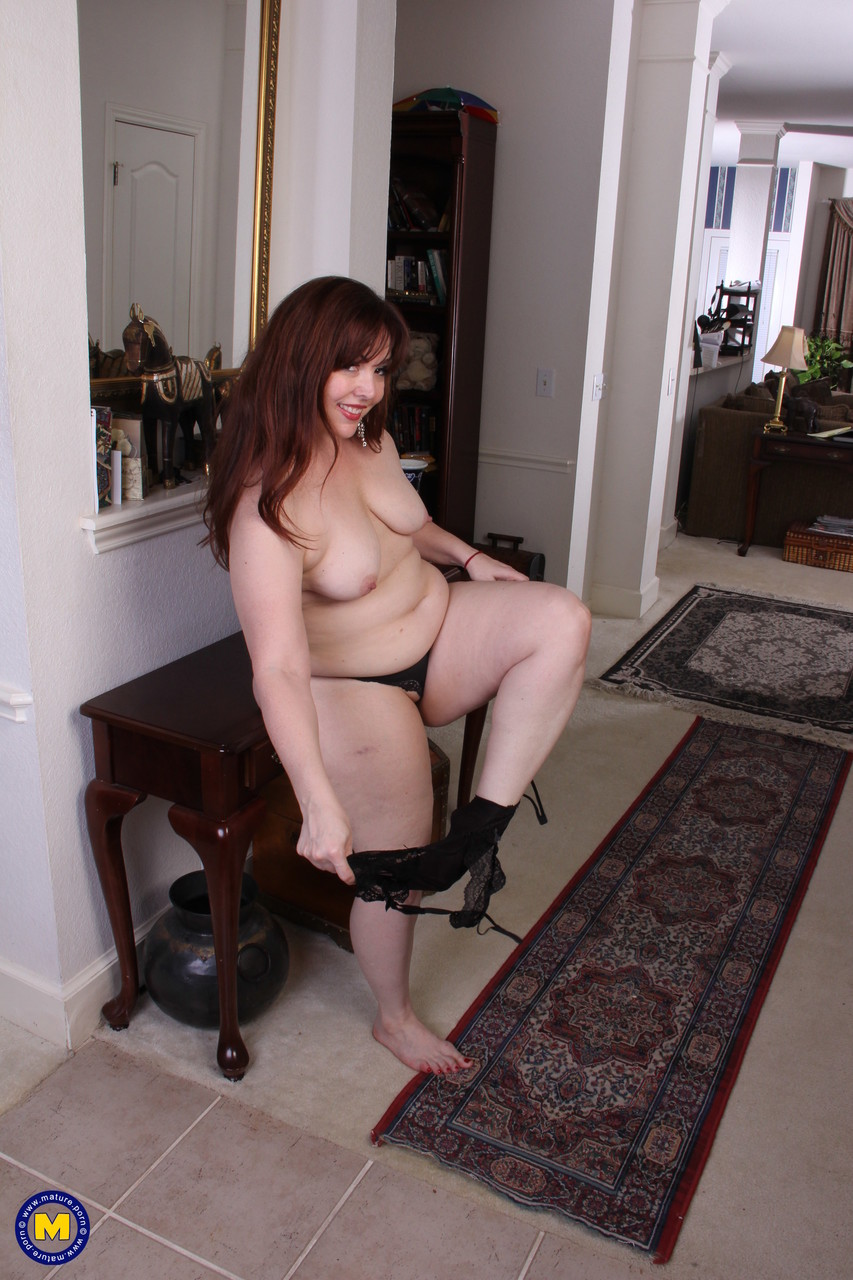 Mature women and grannies. Gallery - 653. Photo - 6