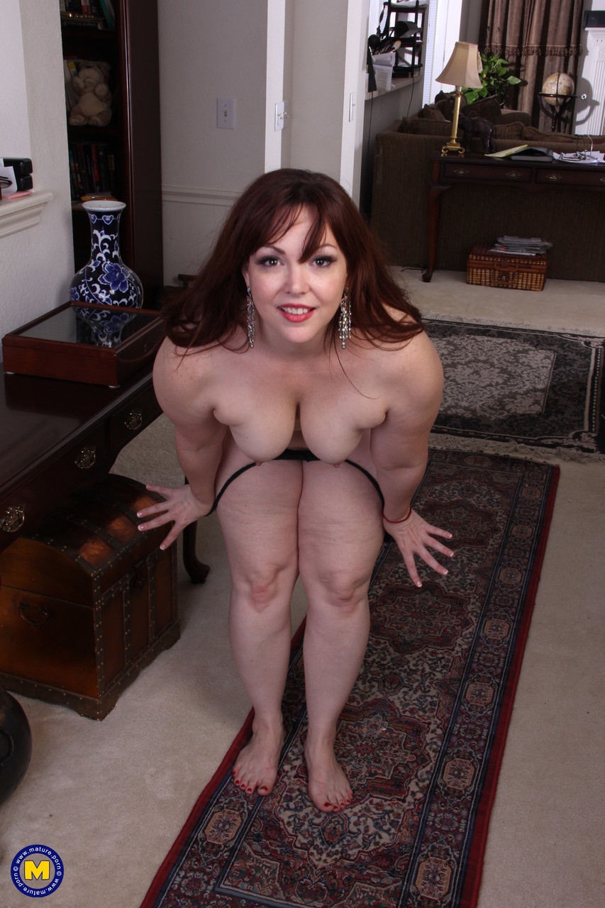 Mature women and grannies. Gallery - 653. Photo - 7