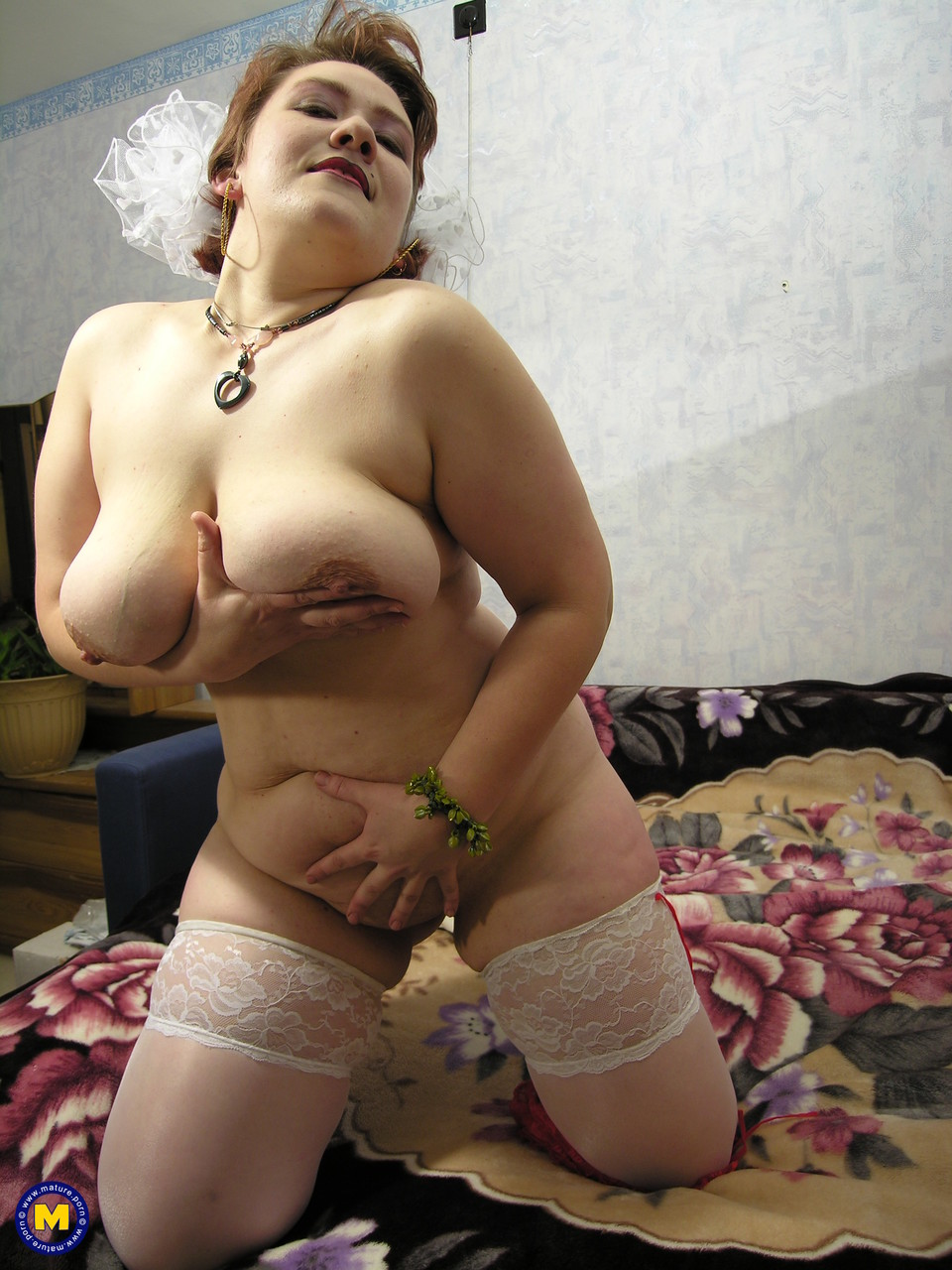 Mature women and grannies. Gallery - 701. Photo - 15