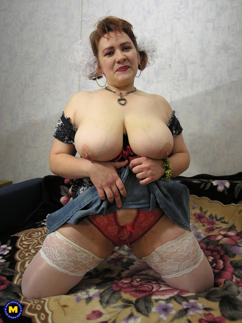 Mature women and grannies. Gallery - 701. Photo - 9