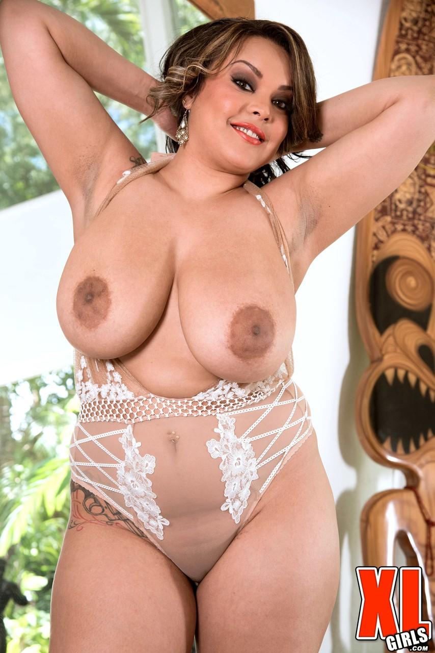 Эро картинки бабы с большой грудью