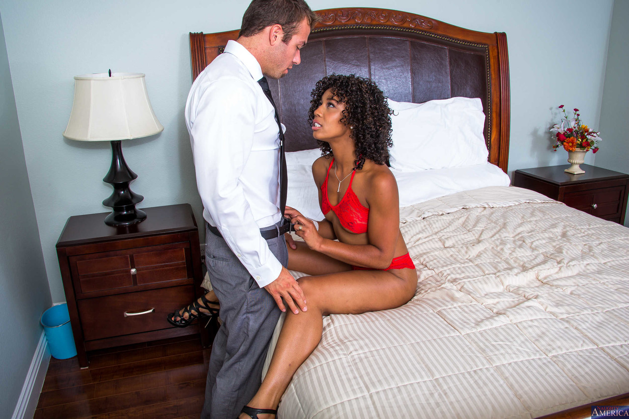Ebony and black porn. Gallery - 1000. Photo - 3