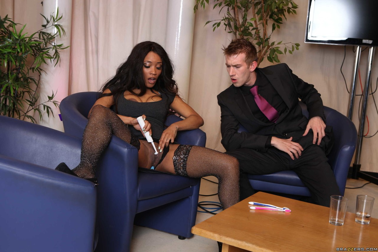 Ebony and black porn. Gallery - 1005. Photo - 2