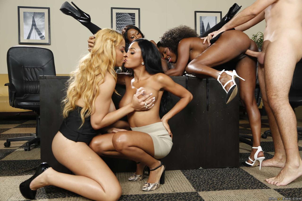 Ebony and black porn. Gallery - 1049. Photo - 11